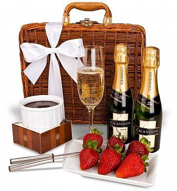 Champagne Fondue for Two | Champagne & Caviar
