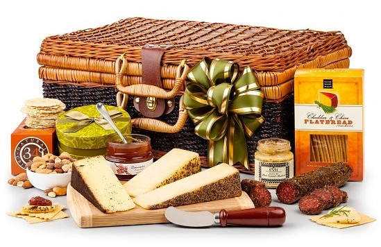 Artisan Cheese Hamper, The Finest Gourmet Cheese Housewarming Gifts