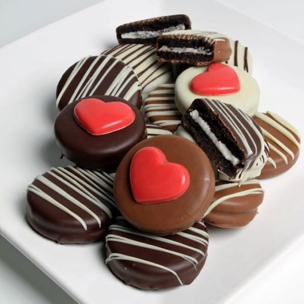 Valentines Day Chocolate Dipped OREO Cookies