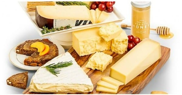 Best Gourmet Cheese Realtor Housewarming Gifts